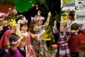 Детский весенний праздник